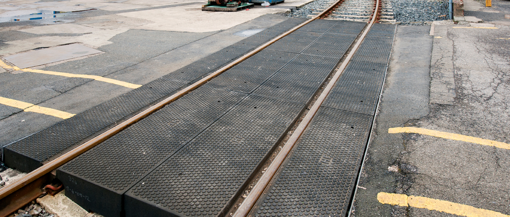 Rosehill-Baseplated-Panels_crossing
